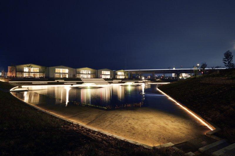 アクアテラス 夜間照明