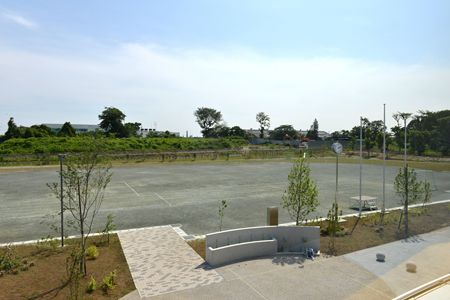 柏の葉小学校 校庭