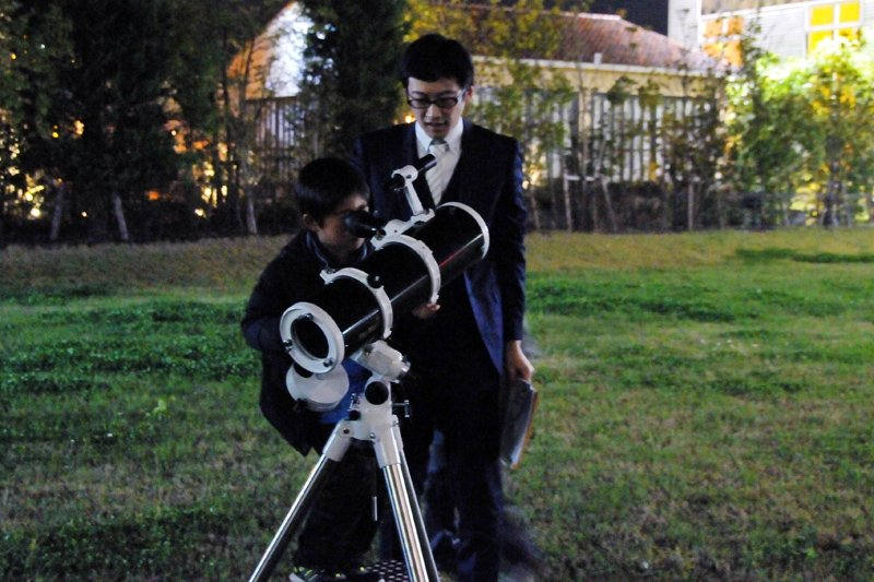 口径13 cmの反射望遠鏡で見た天体の姿にわくわく!