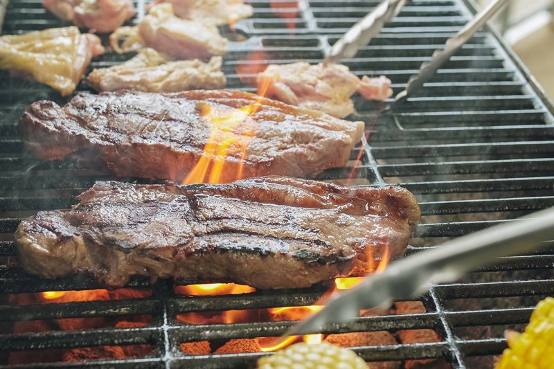 BBQに肉はかかせない!