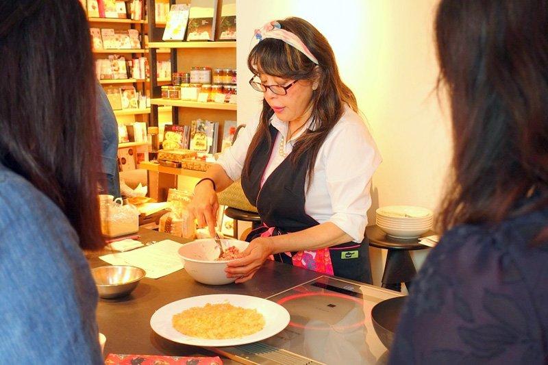 料理研究家の大瀬由生子先生による講座