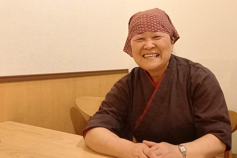 店主の嶋廻悦子さん
