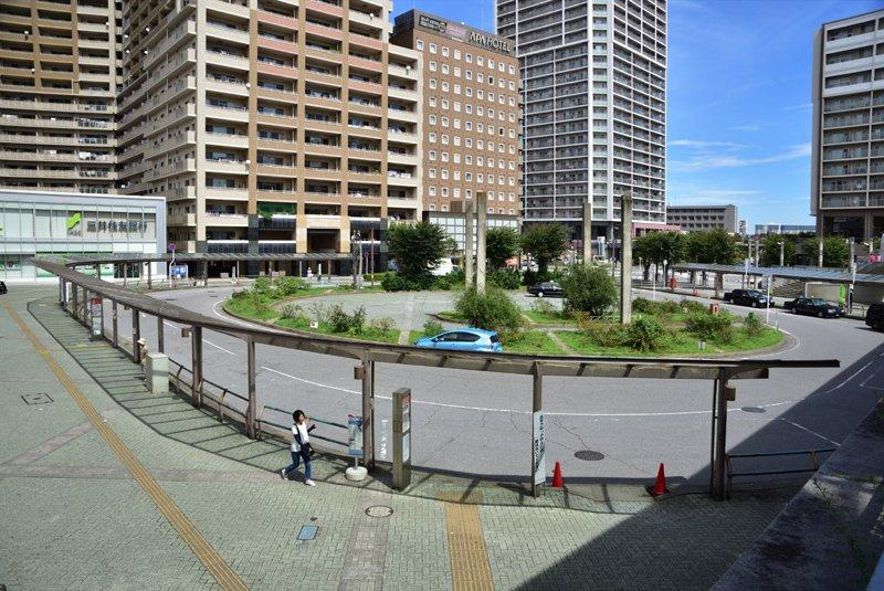 「八千代緑が丘」駅北口ロータリー