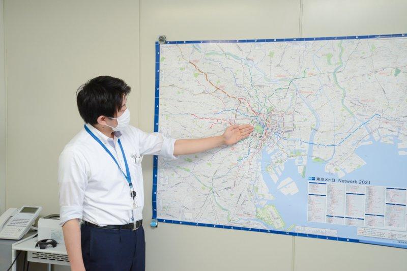 都内から千葉県まで長く延びるスカイの東西線